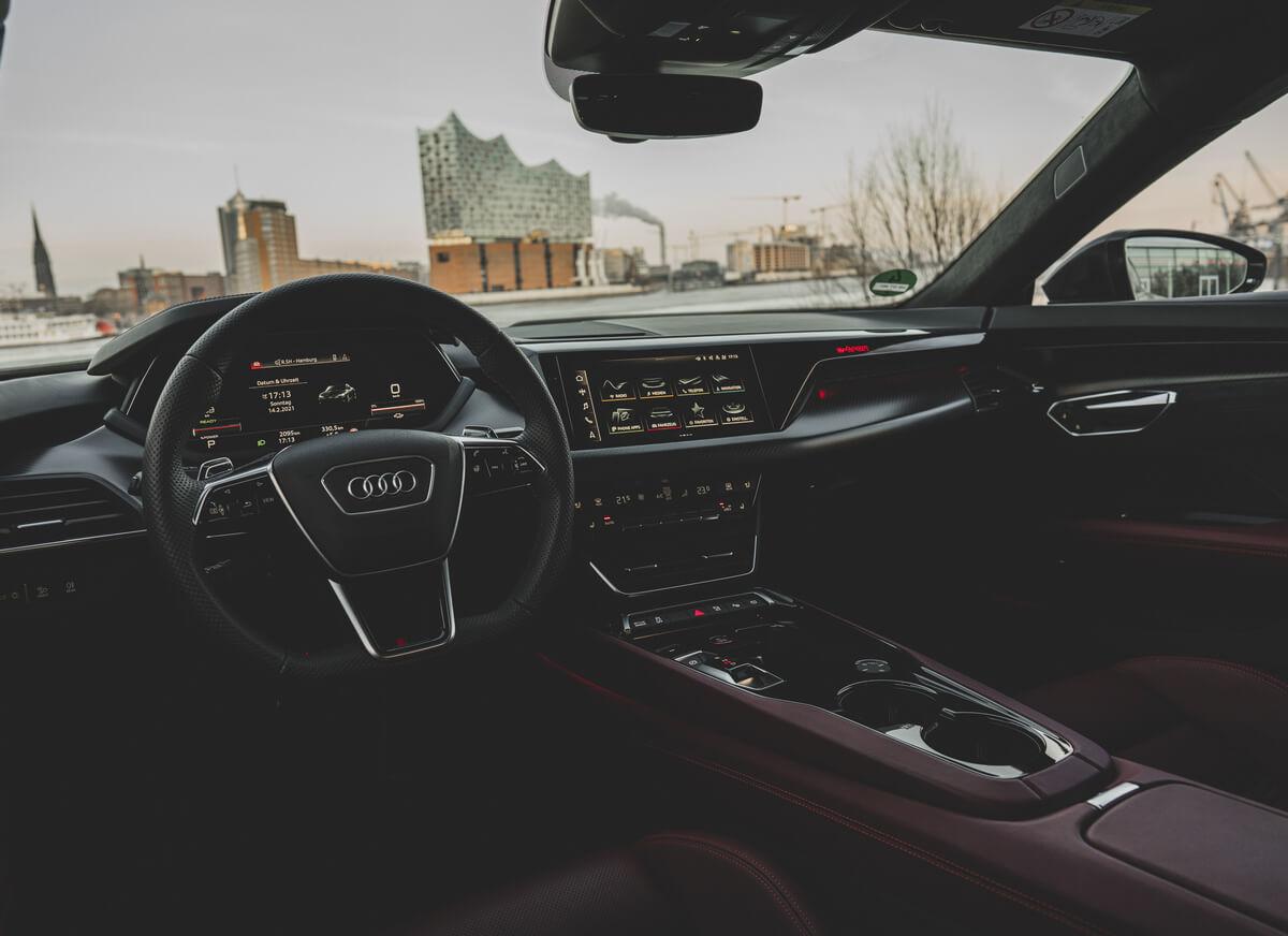 Audi RS e-tron GT Interior