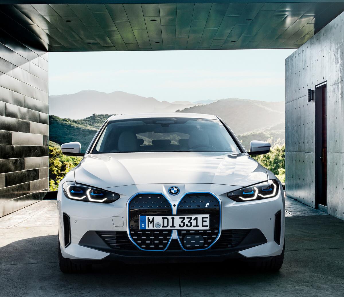 BMW i4 eDrive40 G26