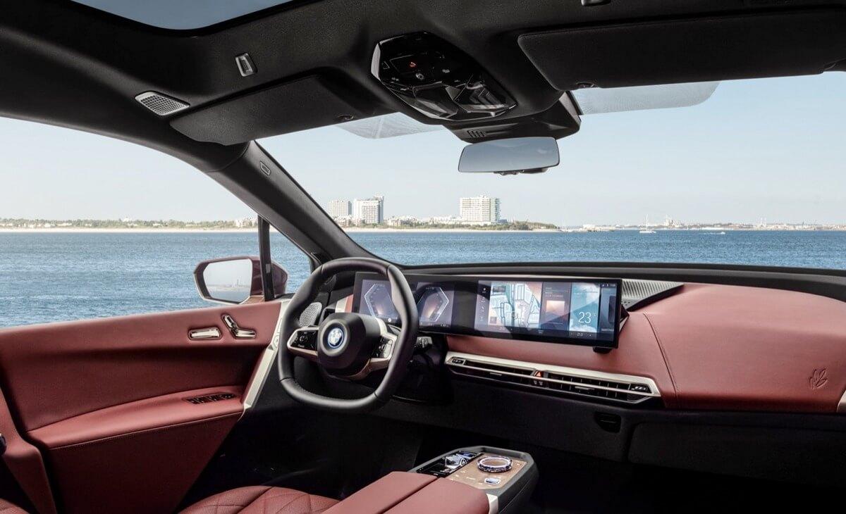 BMW iX xDrive40 Interior