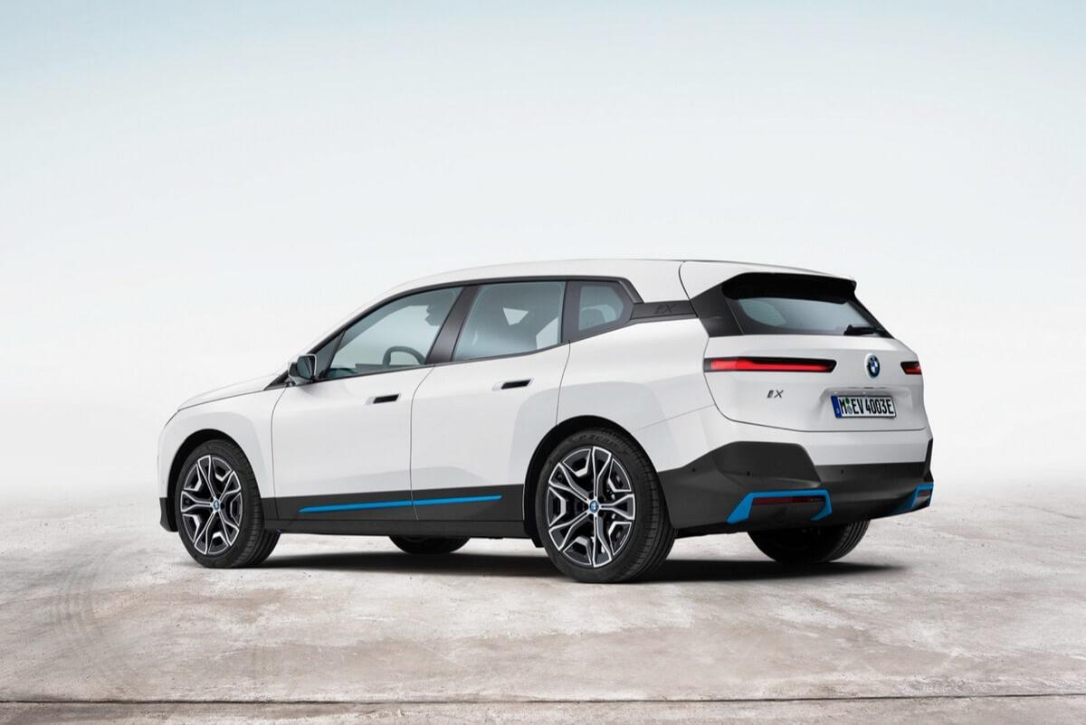 BMW iX xDrive40 Rear