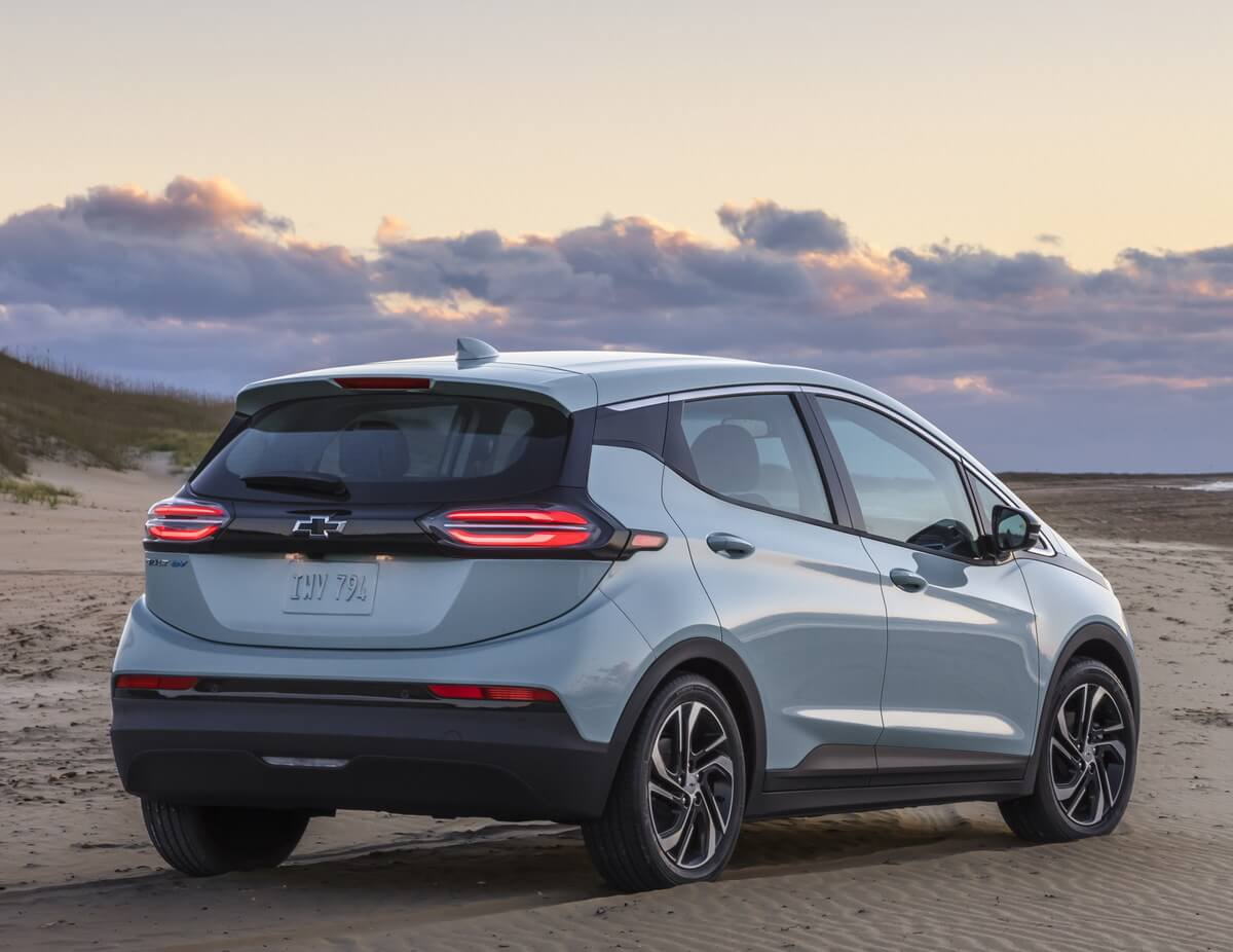 Chevrolet Bolt EV rear 2021