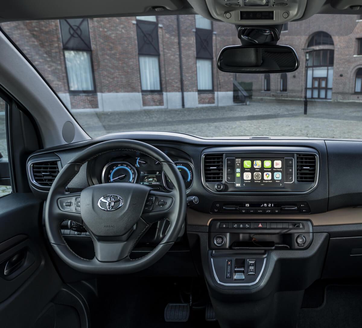Toyota ProAce Verso Electric interior